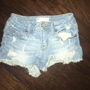 Tilly's RSQ girls denim shorts Size 7
